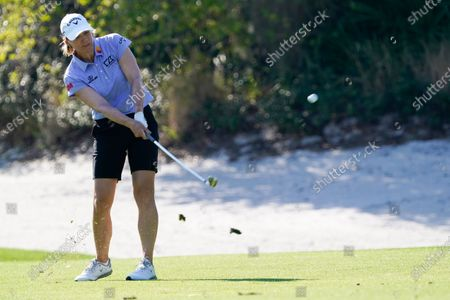 Stock Photo of Annika Sorenstam chips a shot to the 11th green during the first round of the Gainbridge LPGA golf tournament, in Orlando, Fla