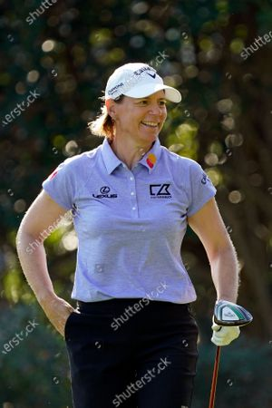 Stock Image of Annika Sorenstam laughs with members of the gallery after they complimented her on a tee shot during the first round of the Gainbridge LPGA golf tournament, in Orlando, Fla