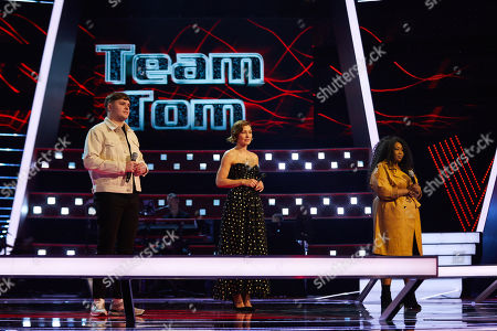 Battles: Team Sir Tom: Jake O'Neill and Wura perform, watched by Emma Willis
