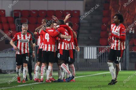 Eran Zahavi #7 of PSV celebrates his second goal with his team