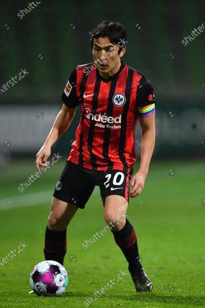 Makoto Hasebe of Frankfurt in action during the German Bundesliga soccer match between Werder Bremen and Eintracht Frankfurt in Bremen, Germany, 26 February 2021.