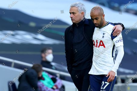 A dejected looking Lucas Moura with Tottenham Hotspur Manager Jose Mourinho after he was substituted; Tottenham Hotspur Stadium, London, England; English Premier League Football, Tottenham Hotspur versus Burnley.