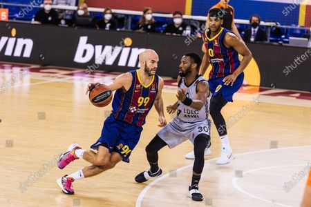 Nick Calathes of Fc Barcelona and Norris Cole of LDLC ASVEL