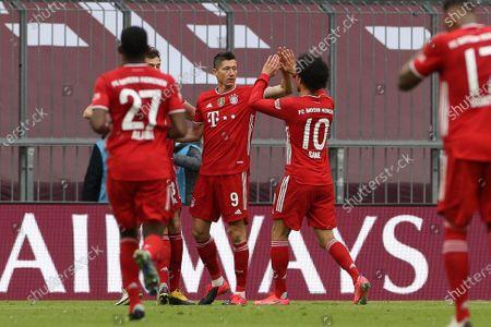 Robert Lewandowski #9 (FC Bayern Munich) 2:0, Leroy Sane #10 (FC Bayern Munich)