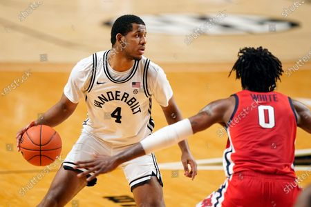 Vanderbilt's Jordan Wright (4) plays against Mississippi in the first half of an NCAA college basketball game, in Nashville, Tenn