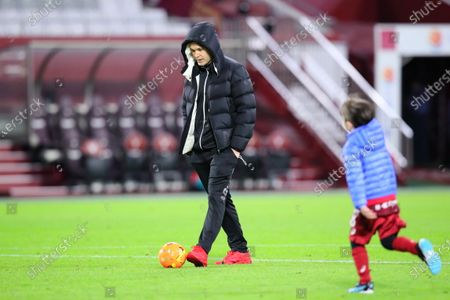 Andres Iniesta (Vissel) - Football / Soccer :  2021 J1 League match between  Vissel Kobe 1-0 Gamba Osaka  at Noevir Stadium Kobe in Hyogo, Japan.
