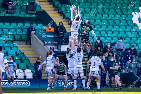 Bath Lock Tom Ellis (4) & Northampton Saints Lock Nick Isiekwe (6) compete for the line out during the Gallagher Premiership Rugby match between Northampton Saints and Bath Rugby at Franklins Gardens, Northampton