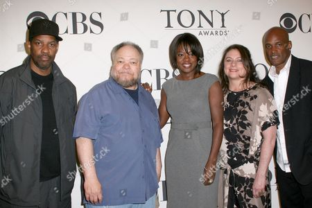 Cast of 'Fences': Denzel Washington, Stephen McKinley Henderson, Viola Davis, Constanza Romero and  Kenny Leon