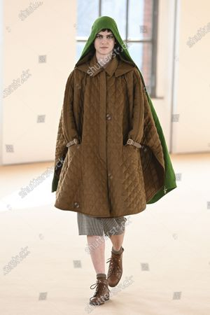 Stock Picture of A Model wearing an outfit from the Womens Ready to wear, pret a porter, collections, winter  2021, original creation, during the Womenswear Fashion Week in Milan, from the house of Max Mara