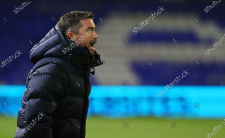 Oldham Athletic manager Harry Kewell encourages his team portrait during the EFL Sky Bet League 2 match between Oldham Athletic and Bolton Wanderers at Boundary Park, Oldham