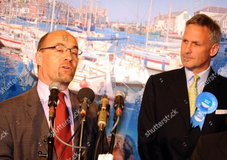 Stock Photo of Defeated Employment Minister Jim Knight and Richard Drax, Conservative who won the South Dorset seat