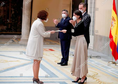 Kings Felipe and Queen Leticia present the Reina Sofía Award to the person or entity highlighted by a relevant gesture of nobility or fair play to Sabrina Vega (Chess)