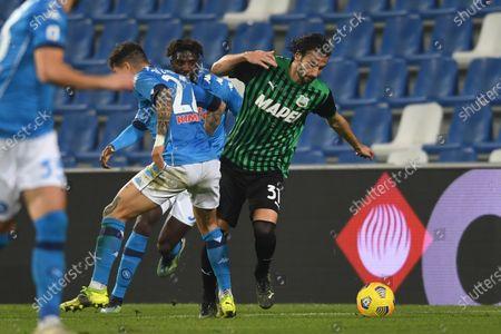 "Gian Marco Ferrari (Sassuolo)Giovanni Di Lorenzo (Napoli)Tiemoue Bakayoko (Napoli)           during the Italian ""Serie A  match between Sassuolo 3-3 Napoli  at  Mapei Stadium in Reggio Emilia, Italy."