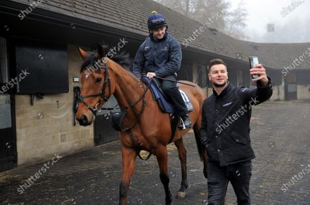 Chris Hughes takes a selfie with Annie Mc, ridden by Jonjo O'Neill Jr. TV personality and Coral ambassador Chris Hughes has this week launched a prize draw which gives Coral customers the chance to own a share of the Coral Champions Club mare, Annie Mc, when she lines up in the inaugural Mares' Chase at the Cheltenham Festival later this month 2021. There is no maximum number of entries per customer and the prize draw will take place at 09:00 on Monday 15th March.