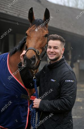 Stock Photo of Chris Hughes and racehorse Annie Mc. TV personality and Coral ambassador Chris Hughes has this week launched a prize draw which gives Coral customers the chance to own a share of the Coral Champions Club mare, Annie Mc, when she lines up in the inaugural Mares' Chase at the Cheltenham Festival later this month 2021. There is no maximum number of entries per customer and the prize draw will take place at 09:00 on Monday 15th March.