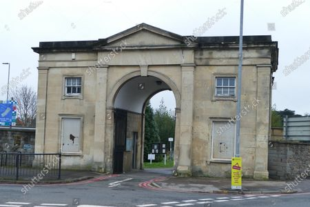 Stock Photo of An iconic landmark in Reading has been put on the market for around £100,000. The Reading Cemetery Arch in Cemetery Junction has been put on the market by Reading Borough Council. The Grade II listed building was once used as offices, but Romans estate agents, which is marketing the arch, say there is scope for conversion, possibly into 2 or 3 residential dwellings, subject to the necessary planning consents being granted.