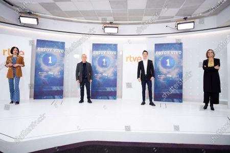 (L-R) Guiomar Puerta, Javier Gutierrez, Alejo Sauras and Cristina Plazas seen during the 'Estoy Vivo' photocall at RTVE.