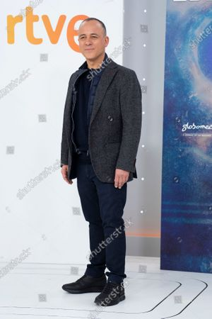 Stock Photo of Actor Javier Gutierrez attends 'Estoy Vivo' photocall at RTVE on March 04, 2021 in Madrid, Spain.