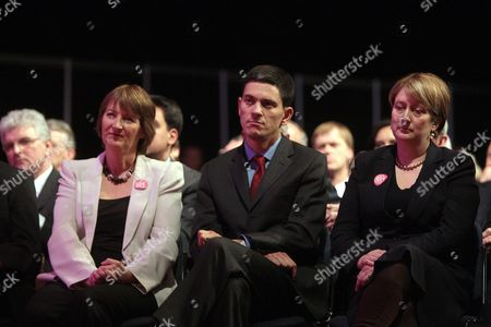 Alistair Darling Harriet Harman David Miliband And Jacqui Smith Listening To Gordon Brown's Conference Speech. Also Behind Des Browne Darling Harman Miliband And Smith Picture Jeremy Selwyn