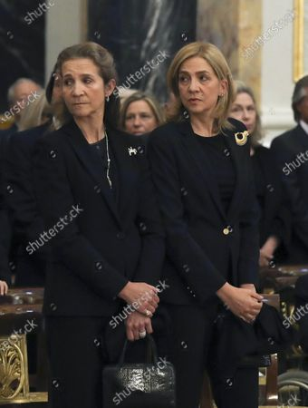 Spain Queen Letizia and King Felipe VI and Princess Cristina and Princess Elena and Juan Carlos and Former Queen Sofia during the ceremony for the late Princess Alicia de Borbon-Parma and Habsburgo-Lorena, Infanta de Espana, Princess Bourbon-Two Sicilies, widow of Alfonso de Borbon y Borbon at the Royal palace in Spain.