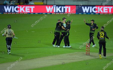 Australia's Mitch Marsh catches Kane Williamson off Glenn Maxwell during the 4th international men's T20 cricket match between the New Zealand Black Caps and Australia at Sky Stadium in Wellington, New Zealand on Friday, 5 March 2021.