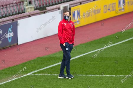 Dundee assistant manager Dave Mackay inspects the pitch before the match; Tynecastle Park, Edinburgh, Scotland; Scottish Championship Football, Heart of Midlothian versus Dundee FC.