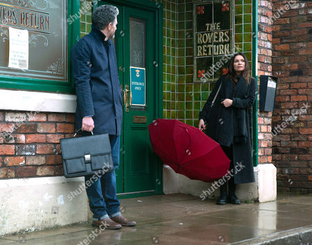 Coronation Street - Ep 10268 Monday 8th March 2021 - 2nd Ep Lucas, as played by Glen Wallace, convinces Carla Connor, as played by Alison King, to take some time for herself and they head into town.