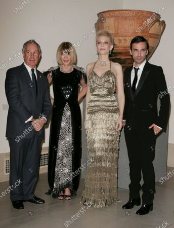 Mayor Michael Bloomberg, Anna Wintour, Cate Blanchett and Nicholas Ghesquiere