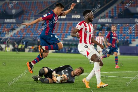 Oscar Duarte, Aitor Fernandez of Levante UD and Inaki Williams of Athletic Bilbao Club in action during the Spanish Copa del Rey Semi Final Second Leg match between Levante UD and Athletic Bilbao Club at Ciutat de Valencia . (Final score; Levante UD 1:2 Athletic Bilbao Club)
