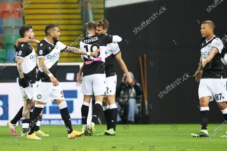 Udinese's Fernando Llorente (C) celebrates with teammates after scoring the 1-0 lead during the Italian Serie A soccer match between Udinese Calcio and US Sassuolo Calcio in Udine, Italy, 06 March 2021.