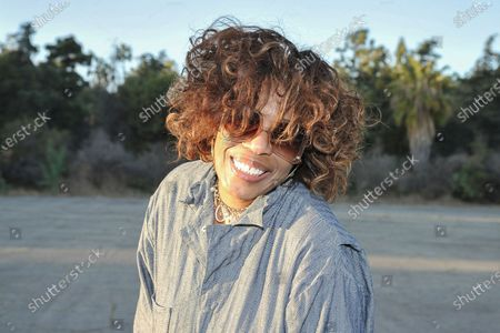 Macy Gray poses for a photo during Rock 'N' Relief, in Los Angeles