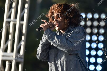 Macy Gray performs during Rock 'N' Relief, in Los Angeles