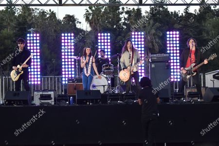 Stock Image of Juliette Lewis performs with her band Juliette and the Licks during Rock 'N' Relief, in Los Angeles
