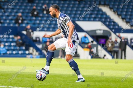 West Bromwich Albion  midfielder Matt Phillips (10) looks for a pass during the Premier League match between West Bromwich Albion and Newcastle United at The Hawthorns, West Bromwich