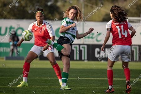 Capeta from Sporting, Ana Borges and Nagela Andrade from Bragaduring the Women's Liga PBI game between Sporting and Bragaat at Aurélio Pereira stadium