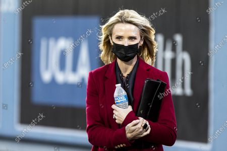 Jennifer Siebel Newsom, California Governor Gavin Newsom's wife, arrives to listen to her husband's State of the State address at the Dodger Stadium in Los Angeles, California, USA, 09 March 2021. Newsom's restrictive stay-at-home orders as well as the high COVID-19 cases number that the state experienced over the last holiday months led to growing frustration among California Republicans and small business owners, some asking for a recall on the governor. The 56,000-seat empty stadium symbolizes Californians who died with COVID-19.