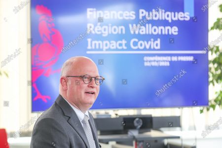 Walloon Ministre of Budget and Finances, Airports and Sports Infrastructure Jean-Luc Crucke pictured during a press conference of Minister Crucke concerning the impact of Covid-19 on the state of Walloon finances and debt, in Namur, Wednesday 10 March 2021.