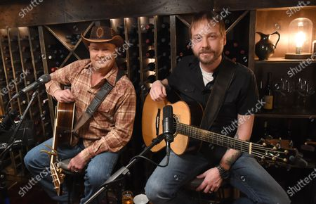 Stock Image of Tracy Lawrence stops by the Circle Television Network, 'Phil Vassar's Songs from the Cellar', in Nashville, TN. Airing in March 11, 2021 on Circle and American Songwriter Podcast Network @PhilVassarSFTC @circleallaccess
