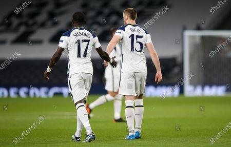 Moussa Sissoko of Tottenham Hotspur and Eric Dier of Tottenham Hotspur encourage each other with a hand slap /bump before kick off