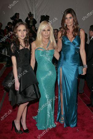 Allegra Beck Versace, Donatella Versace, Cindy Crawford