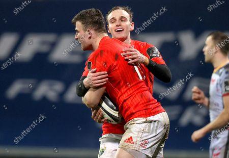 Munster vs Scarlets. Munster's Shane Daly celebrates scoring a try with Nick McCarthy
