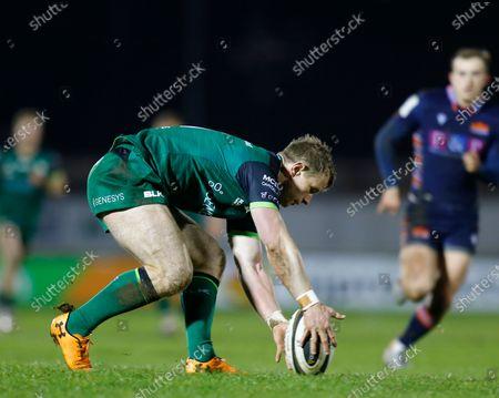 Matt Healy gathers the ball for Connacht; Galway Sportsgrounds, Galway, Connacht, Ireland; Guinness Pro 14 Rugby, Connacht versus Edinburgh.