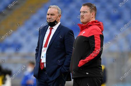 Wales head coach Wayne Pivac and Gethin Jenkins during the warm up.