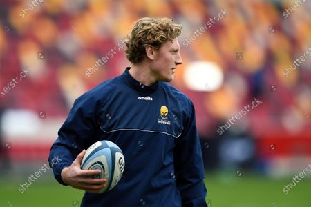 Tom Howe of Worcester Warriors looks on during the pre-match warm-up