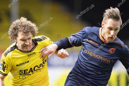(lr) Arjan Swinkels of VVV-Venlo, Sebastian Polter of Fortuna Sittard