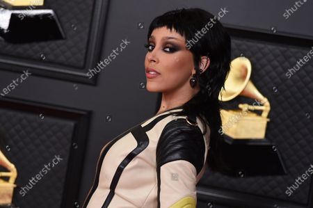 Doja Cat arrives at the 63rd annual Grammy Awards at the Los Angeles Convention Center on