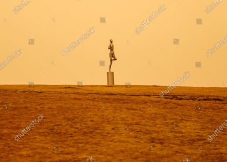 On March 15, 2021, Shenyang, Liaoning Province, suffered from dust weather. According to the central meteorological station, 12 provinces and cities in the north have large-scale yellow sand. From the morning of the 14th to the 15th, affected by cold air, dust or floating dust appeared in the western part of the southern Xinjiang basin, central and western Gansu, Inner Mongolia and Northern Shanxi, northern Hebei and Beijing, and dust storms occurred in some areas. This morning, the Central Meteorological Observatory upgraded the sandstorm warning to yellow warning: it is estimated that 12 provinces, including Xinjiang, Inner Mongolia, Gansu, Ningxia, Shaanxi, Shanxi, Hebei, Beijing, Tianjin, Heilongjiang, Jilin and Liaoning, will have obvious sandstorm weather from day to night on the 15th, and some areas will have sandstorms. This is also the strongest dust weather process in China in recent 10 years, and the range of dust storm is also the widest in recent 10 years.