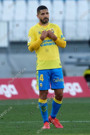 Alex Suarez Las Palmas reacts during the La Liga Smartbank match between UD Almeria and UD Las Palmas at Estadio Juegos del Mediterraneo on February 14, 2021 in Almeria, Spain. Sporting stadiums around Spain remain under strict restrictions due to the Coronavirus Pandemic as Government social distancing laws prohibit fans inside venues resulting in games being played behind closed doors.