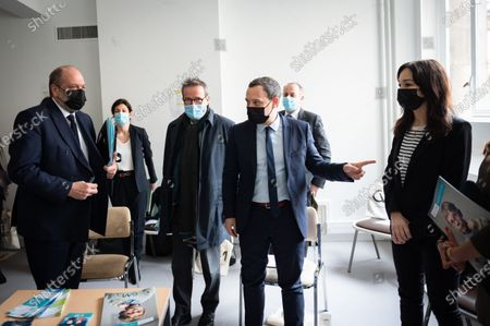 Martin Hirsch, General Manager of the HP HP, Eric DuPont Moretti, Keeper of the Seals and Adrien Taquet, Secretary of State in charge of Children and Families, during the visit of the CVM association, Victimology Center for Minors, at the hospital of the Hotel Dieu.