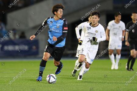 (L-R) Koki Tsukagawa (Frontale), Keiya Shiihashi (Reysol) - Football / Soccer :  2021 J1 League match between Kawasaki Frontale 1-0 Kashiwa Reysol at Kawasaki Todoroki Stadium, Kanagawa, Japan.